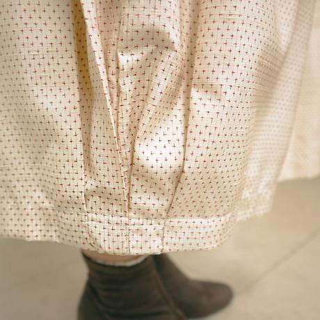 きものリメイク、朱赤十字絣の可愛いバルーンスカート