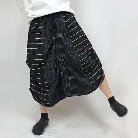 アウトレット☆手織り綿、絣織り変わりロングスカートB、ブラック、オールシーズン