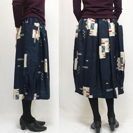 きものリメイクのロングスカート、バルーンスカート、銘仙、紺絣