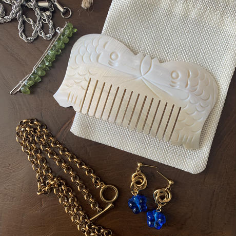 natural shell comb