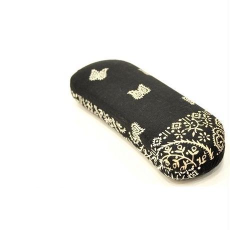 EYFe Vintage Bandana Case BK