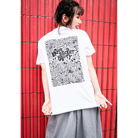 Chocomoo EXHIBITION Tシャツ Bホワイト