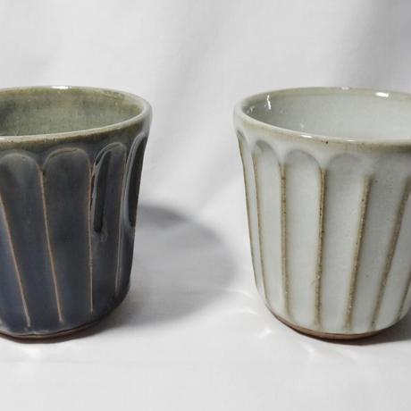 袖師窯 しのぎフリーカップ(小)白・青
