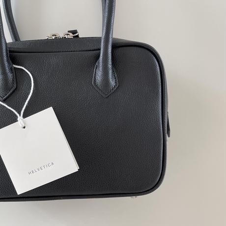 HELVETICA  opel square bag(即納)