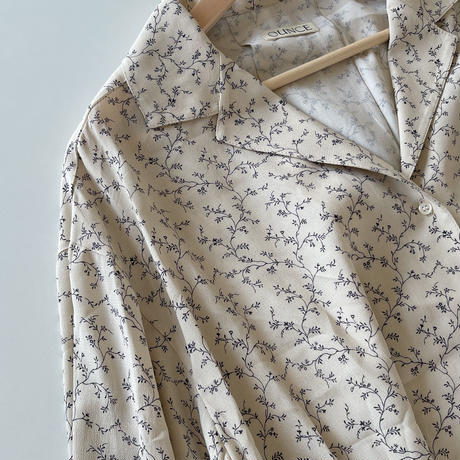 ounce flower blouse(即納)