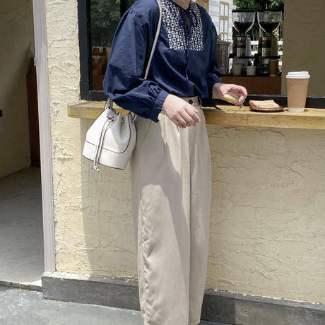 mona cross shoulder bag(即納)