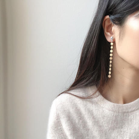 metal range long earrings