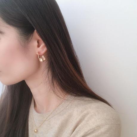 twist rectangle earring