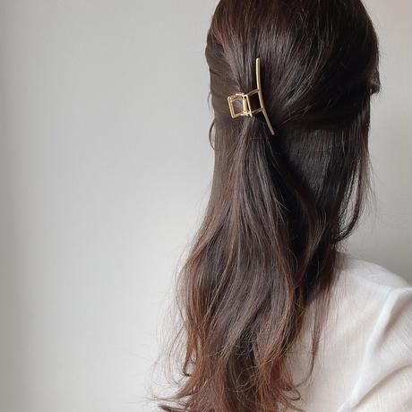 gold line hair clip
