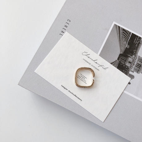 square crystal w ring