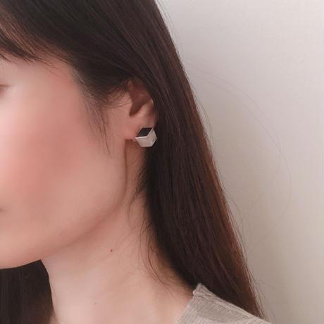 three dimensional earring