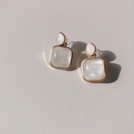 white shell swing earring