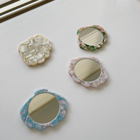 shell marble mirror