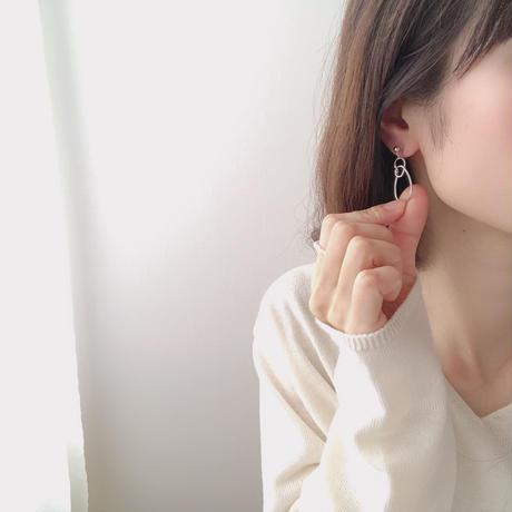 hoop deformed swing earring