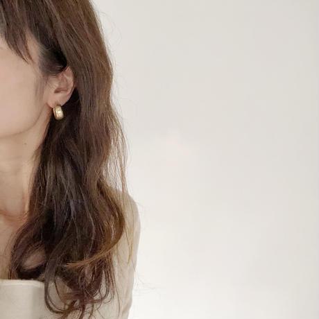matte mini bold hoop earring