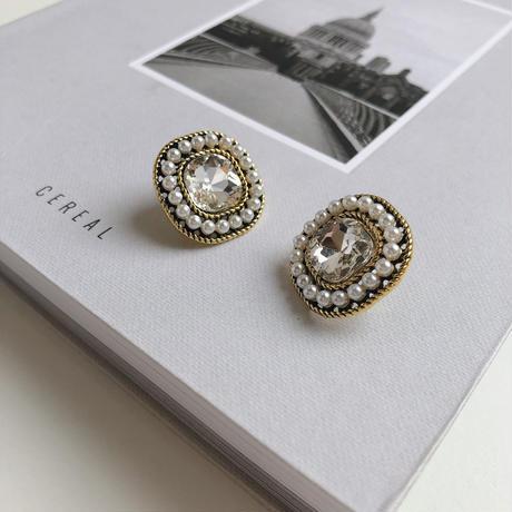 vintage pearl stone earring