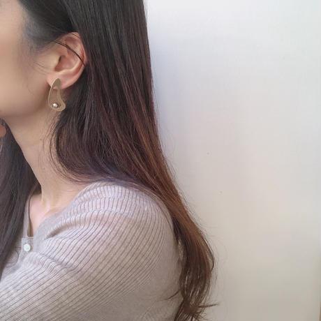 deformed design earring