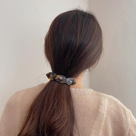 twisted hair barrette