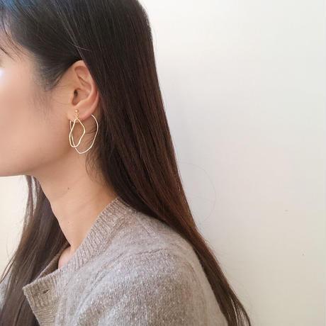 deformed w hoop earring