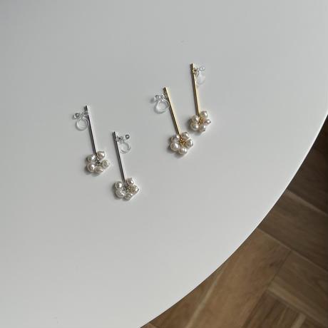 long stick+fresh pearl earrings