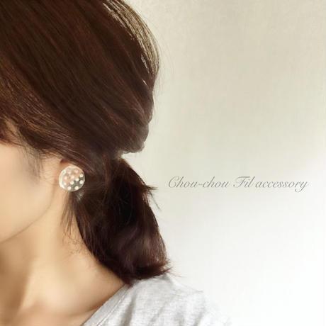 clear dot pearl earring