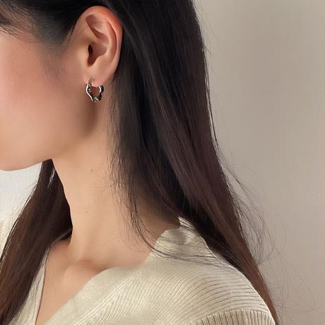 crash wave hoop earrings