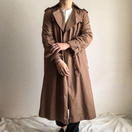 ~1980's brown trench coat made in Hong Kong