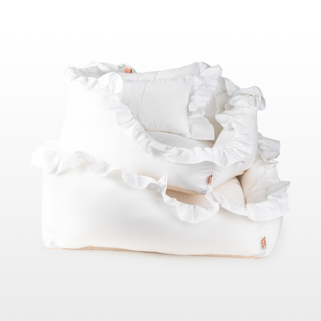 White Ruffle Cushion_Large Size