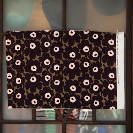 マリメッコ marimekko <Mini Unikko>ファブリック(カーキ×濃紫)50×76cm 日本未入荷