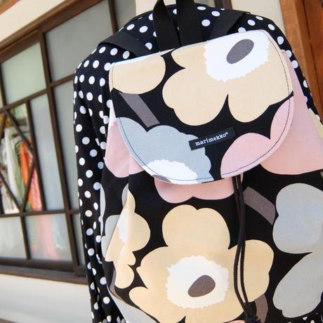 マリメッコ marimekko <Pieni Unikko>バッグパック 日本限定