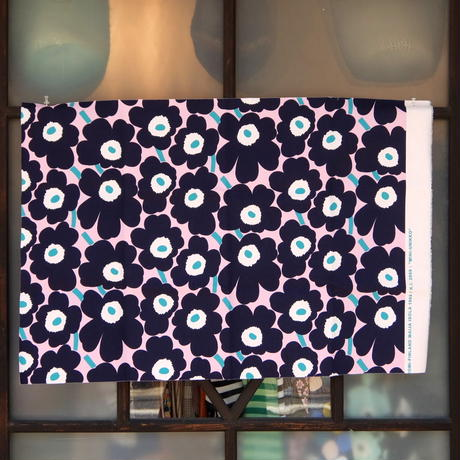 マリメッコ marimekko <Mini Unikko>コーティング・コットン・ファブリック(ピンク×ネイビー×グリーン)50x73cm 日本未