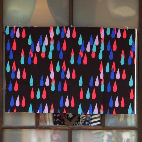 マリメッコ marimekko <Pisaroi>キャンバス・ファブリック 50×78cm 日本未入荷