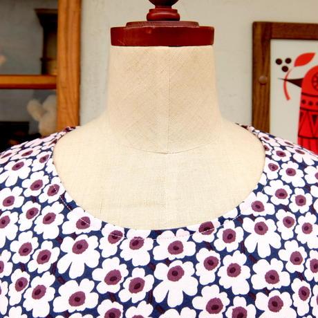 マリメッコ marimekko <Pikkuinen Unikko>七分袖ワンピース(ダークブルー×ピンク)大きなサイズ