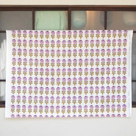 マリメッコ marimekko <Vihkiruusu>ファブリック(スモーキーピンク)50cm