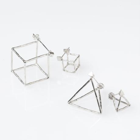 ピラミッド ピアス  / L