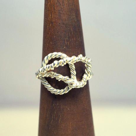 motif ring 6
