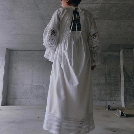 空中刺繍ワンピースドレス