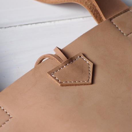 スエードヌメ革のスクエアバッグ Lサイズ