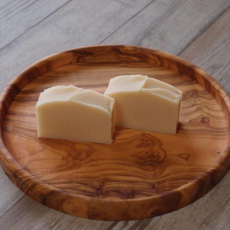 #7 ラベンダーとライムの香りアロマ豆乳石鹸