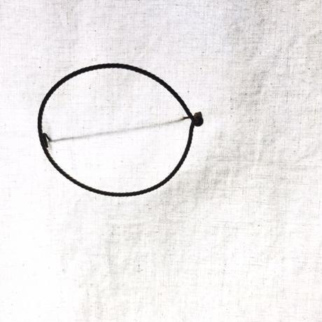 Twist Oval Blooch