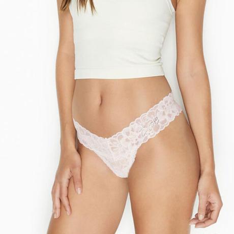 Victoria's Secret ショーツ【Lace Thong】393097/QCR