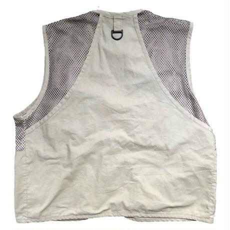 b.a.s.s fishing vest