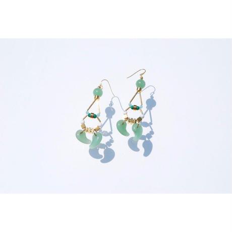 Magatama Twin Earrings  - GREEN
