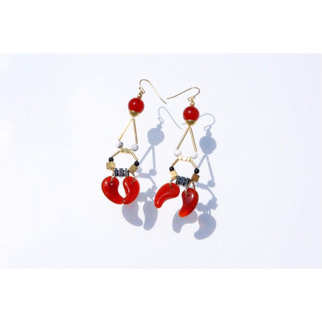 Magatama Twin Earrings  - RED