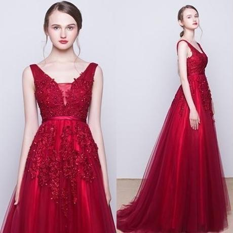 ウエディングドレス*カラードレス*レッド系*クール      ドレスワンピース結婚式、発表会、演奏会、パ―ティ