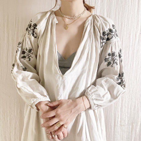 【VINTAGE/ANTIQUE 】grey embroidery dress F