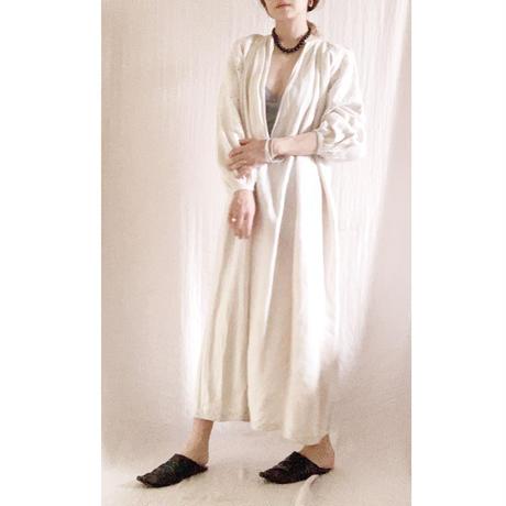 【VINTAGE/ANTIQUE 】linen ecru  emboroidery   dress G