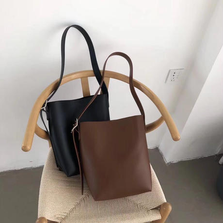 leather classic shoulder bag