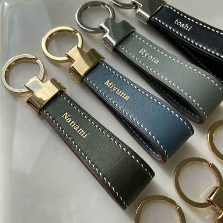 【5月25日発送予定】Handcrafted French calfskin leather key ring