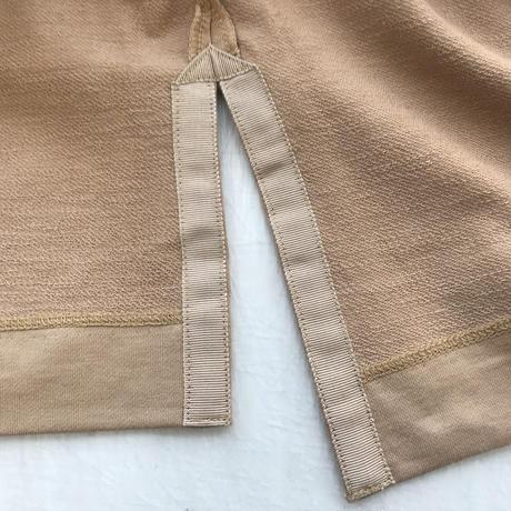 CLO206 : V-neck pullover